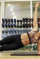 Ana De Biase revela exercícios para ter barriga definida e bumbum perfeito