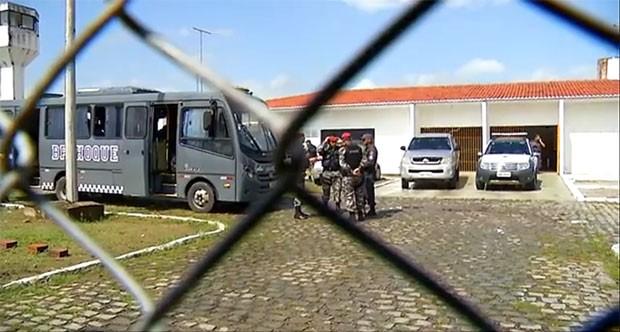 Após presos liberarem reféns, rebelião em cadeia pública do RN é controlada (Foto: Reprodução/Inter TV Cabugi)
