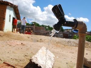Estudo também aponta que 36,18% da água tratada no estado não chega a ser consumida porque se perde (Foto: Rizemberg Felipe/Jornal da Paraíba)