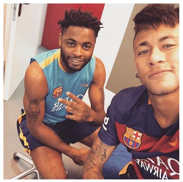 Alex Song e Neymar