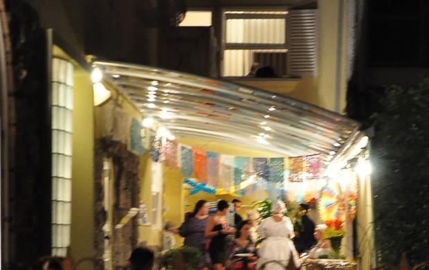 Detalhes da decoração da festa de Regina Casé (Foto: Léo Martinez/EGO)