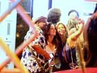 Elenco de 'Império' comemora Emmy Internacional em bar carioca