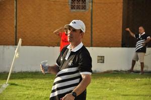 Marcio Marolla treinador do Mixto (Foto: Robson Boamorte)