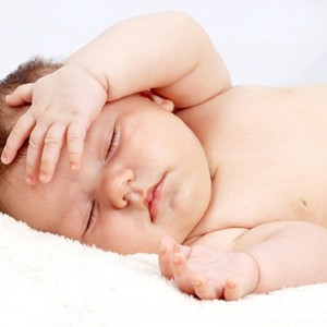 Bebê dormindo (Foto: Shutterstock)