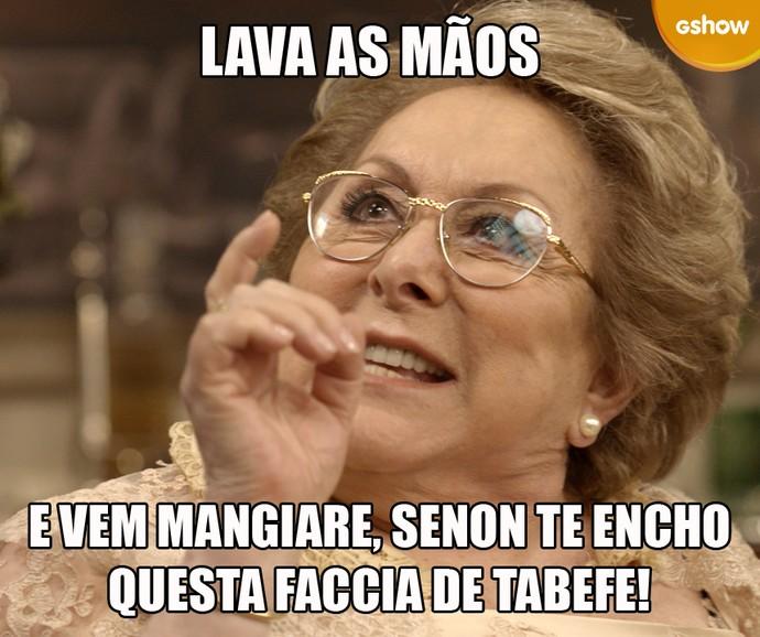 Quando o assunto é comida, a nonna leva a sério! (Foto: TV Globo)