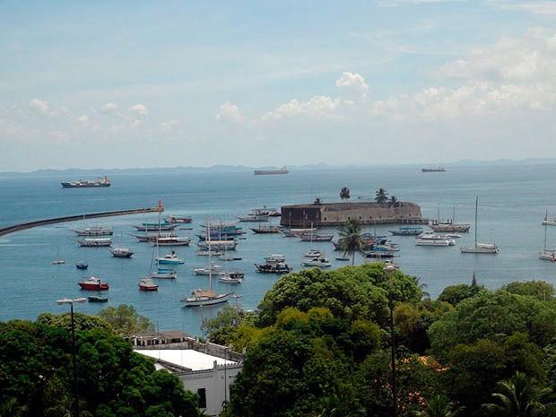 Vista da Baía de Todos os Santos a partir da Ladeira da Montanha, em Salvador. (Foto: Maiana Belo / G1 BA)