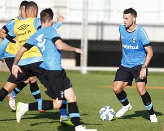 Bobô treino do Grêmio (Foto: Lucas Uebel/Grêmio)