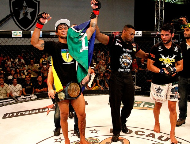 Tiago Trator vence Geraldo Luan Santana no Jungle Fight 59 (Foto: Fernando Azevedo / Jungle Fight)