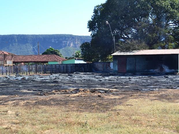 No incêndio em Taguatinga, sudeste do Tocantins, foram destruídas 260 cisternas (Foto: Vilidiou Soares/Arquivo Pessoal)