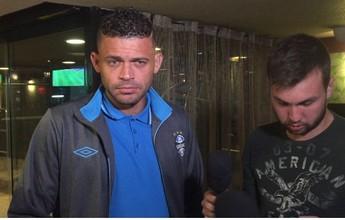 Edinho revela estudo ao Toluca no hotel e avalia Grêmio menos ansioso