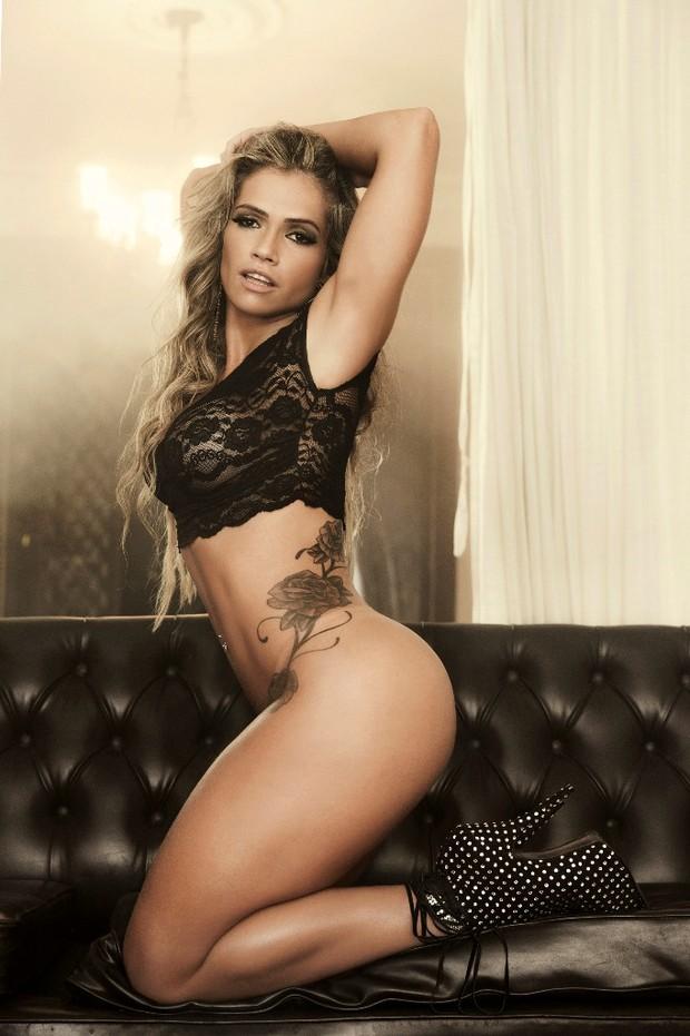 Fani (Foto: Divulgação/ Revista Sexy)