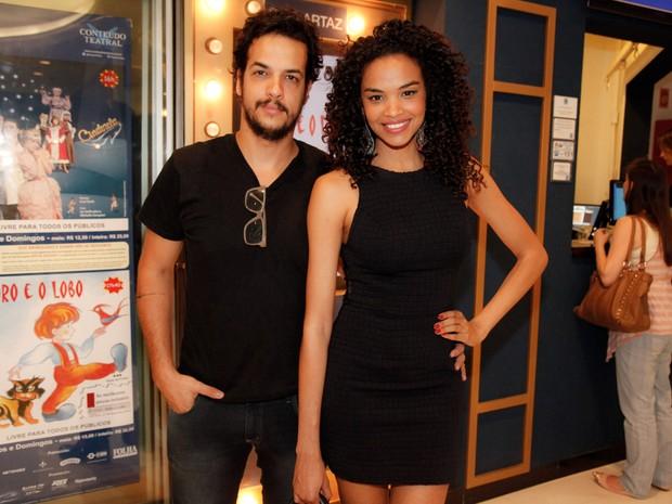 Lucy Ramos e Thiago Luciano em peça em São Paulo (Foto: Marcos Ribas/ Foto Rio News)
