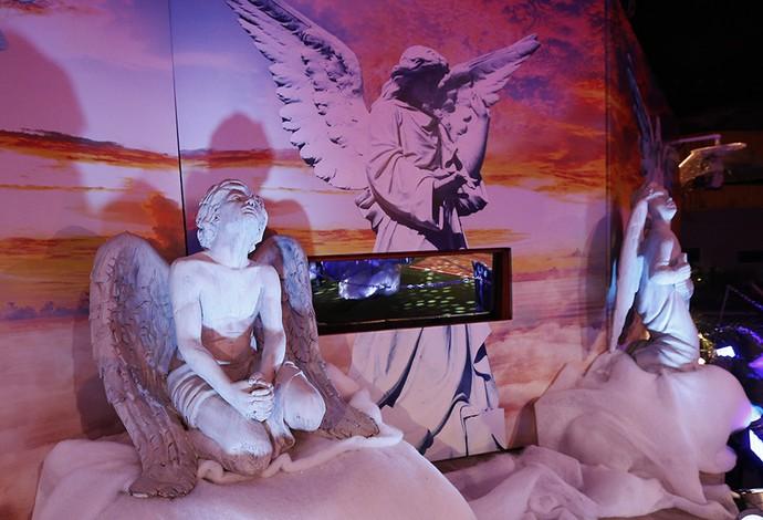 Nem só de demônimos vive a festa. Olha os anjinhos aí... (Foto: Rapahel Dias/Gshow)
