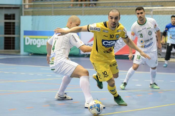 Cabo Frio Jaraguá Liga Futsal (Foto: Léo Borges/NaJogada)