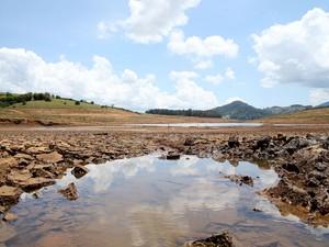 Sistema Cantareira opera com 12,1% da capacidade (Foto: Luis Moura/Estadão Conteúdo)