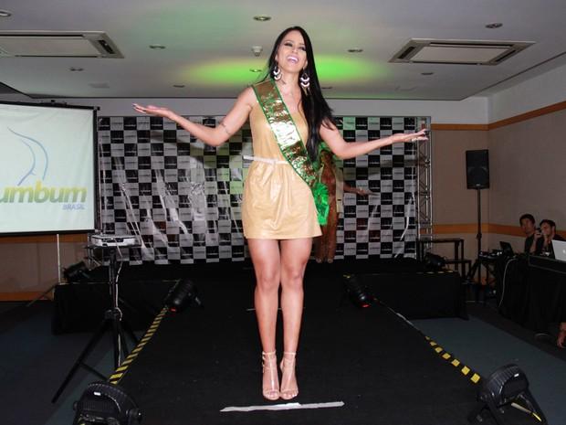 Dai Macedo, a Miss Bumbum 2013, na edição de 2014 do concurso (Foto: Celso Tavares/ EGO)