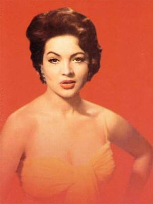 Angelines era considerada uma das mulheres mais bonitas do México na década de 1950 (Foto: Reprodução)