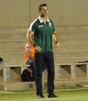 Treinador Júnior Rocha, Luverdense (Foto: Olimpio Vasconcelos/Divulgação)