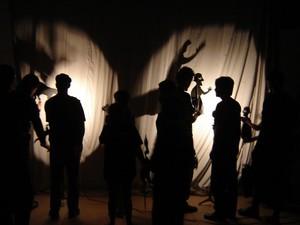 Bolha Luminosa é um dos espetáculos apresentados na Rede Cuca (Foto: Divulgação)