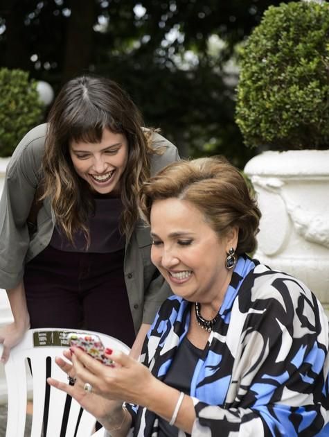 Agatha Moreira e Claudia Jimenez (Foto: Reprodução)