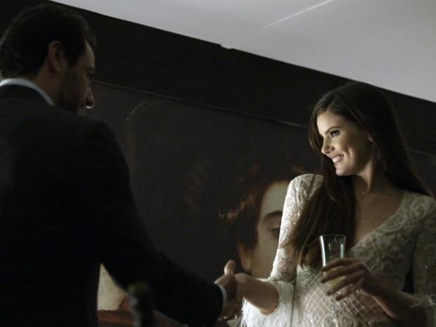 Alex deixa Angel à vontade (Foto: TV Globo)