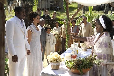 Cena do casamento de Isabel e Zé Maria (Foto: TV Globo / Estevam Avellar)