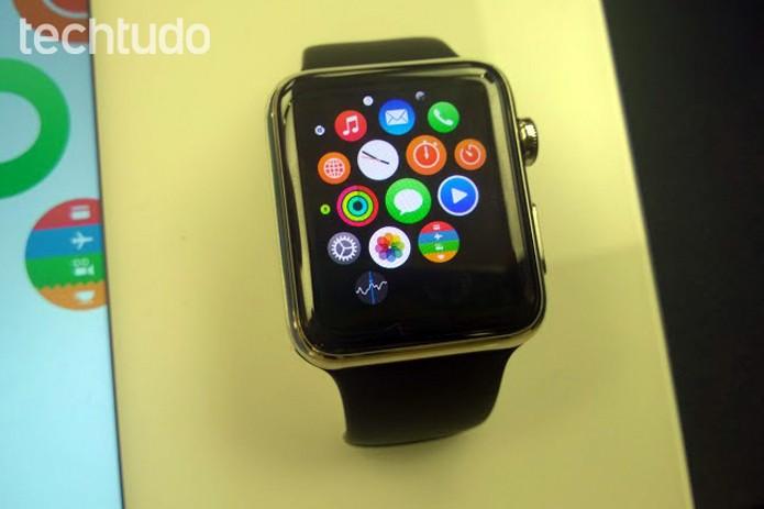 Tela inicial do Apple Watch tem ícones arredondados (Foto: Elson de Souza/TechTudo)