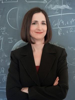 AMBICIOSA Sara Seager em seu laboratório no MIT, em 2012. Ela quer achar um planeta parecido com a Terra (Foto: Divulgação)