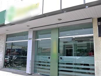 Cliente reage a roubo em agência de Cuiabá, toma arma e atira em ladrão (Foto: Pollyana Araújo/G1MT)