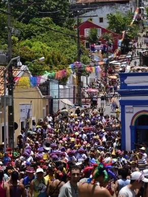 As ruas de Olinda ficam mais coloridas durante o carnaval (Foto: Jan Ribeiro / Pref. Olinda)