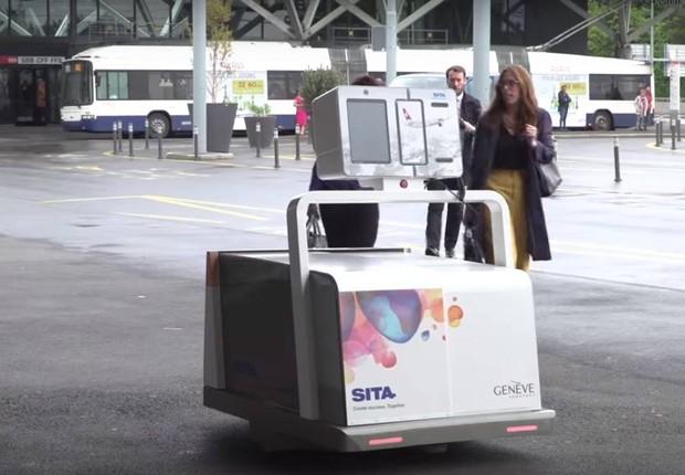 Leo, o robô do aeroporto de Genebra, na Suíça (Foto: Reprodução/SITA)