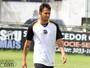 Assisinho passará por cirurgia e só volta a atuar pelo Ceará em 2016