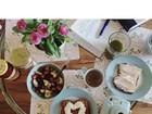 Bruna Marquezine mostra café da manhã em Los Angeles