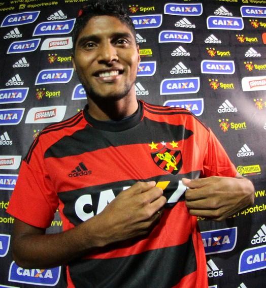 fez a ponte (Marlon Costa/ Pernambuco Press)