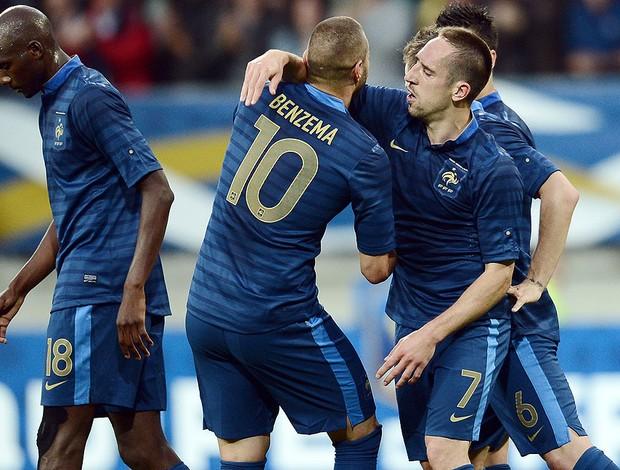Ribery, Benzema, França x Estônia (Foto: Agência Reuters)