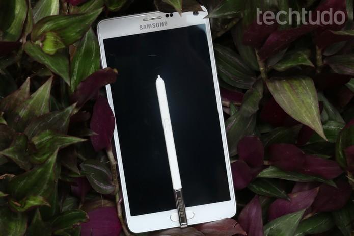 Galaxy Note 4 tem rivais de marcas como Motorola, LG, Apple e até da Samsung (Foto: Lucas Mendes/TechTudo)