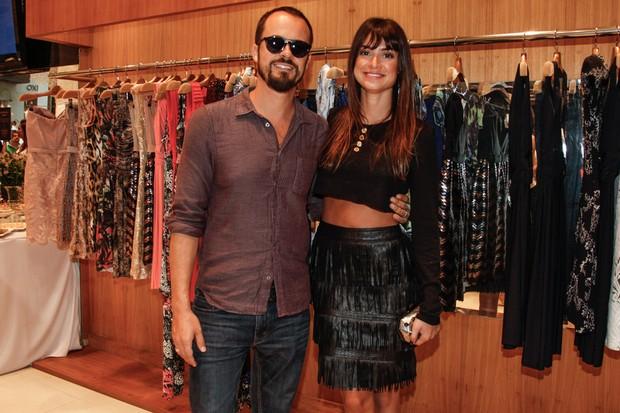 Thaila Ayala e Paulo VIlhena em evento de loja em São Paulo (Foto: Marcos Ribas e Manuela Scarpa / Foto Rio News)
