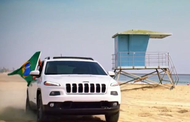 Jeep Cherokee é divulgado em vídeo (Foto: Reprodução)