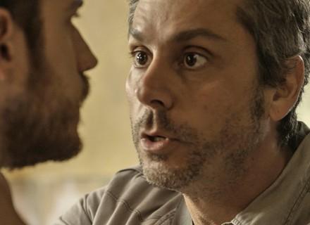 Romero salva Juliano e enfrenta Dante, seu próprio filho