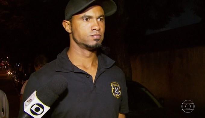 Goleiro Bruno Fernandes se apresenta à polícia em varginha (MG) (Foto: Reprodução TV Globo)