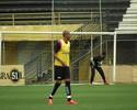 Após afastamento no São Bernardo, Alex Silva acerta com o Brasiliense