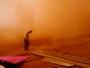 Redemoinhos de poeira atingem TO; veja vídeo (Reprodução/TV Anhanguera)