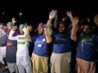 Muçulmanos radicais intensificam protesto no Paquistão