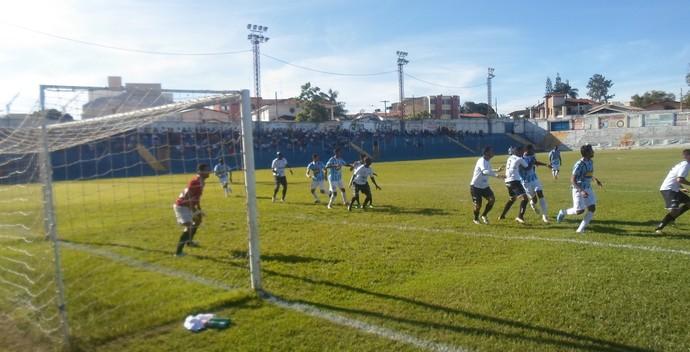 Montes Claros FC vence o Araxá (Foto: Cida Santana/Globoesporte.com)
