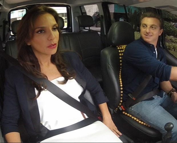 """Ivete pega carona no """"Vou de táxi"""" do Caldeirão (Foto: Caldeirão do Huck / TV Globo)"""