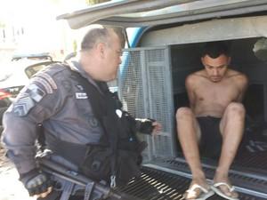 Suspeito de executar oficial da Marinha foi preso no RJ (Foto: Divulgação/Polícia Militar)