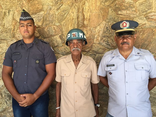 Família Gregório serviu e serve a Polícia Militar em Presidente Prudente (Foto: Stephanie Fonseca/G1)