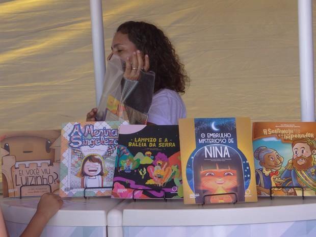 Coleção 'Coco de Roda' lança cinco novos títulos (Foto: Micaelle Morais/G1)