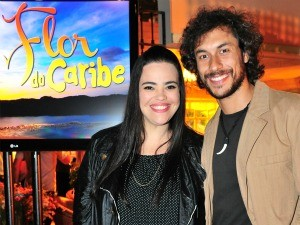 José Henrique Ligabue com Renata Roberta, que vive Dadá (Foto: TV GLOBO / João Miguel Júnior)