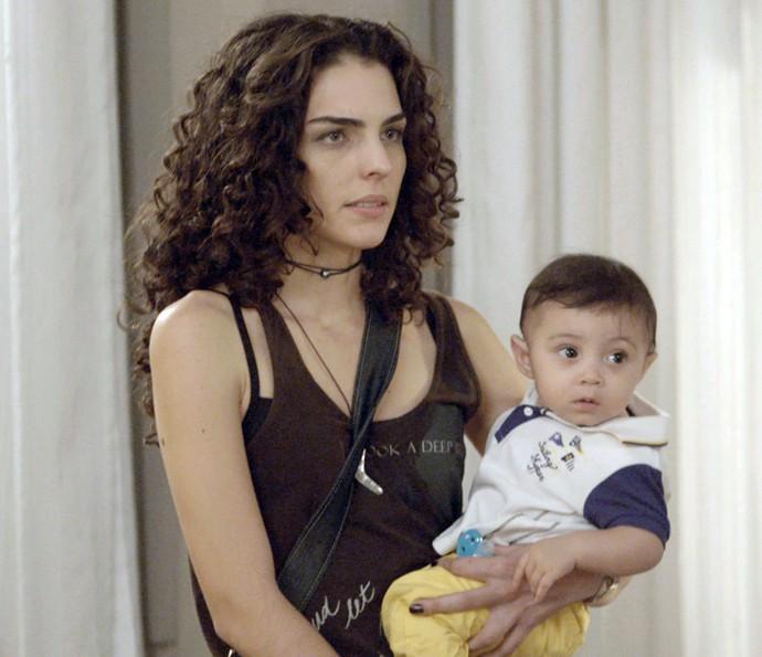 Ciça pega suas coisas e Rodriguinho para ir embora (Foto: TV Globo)